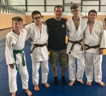 VfL Judoka am Start