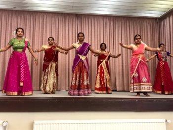 Tamilschule feiert Erntedankfest