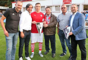 VfL Bochum und FC Barnsley am Badeweiher