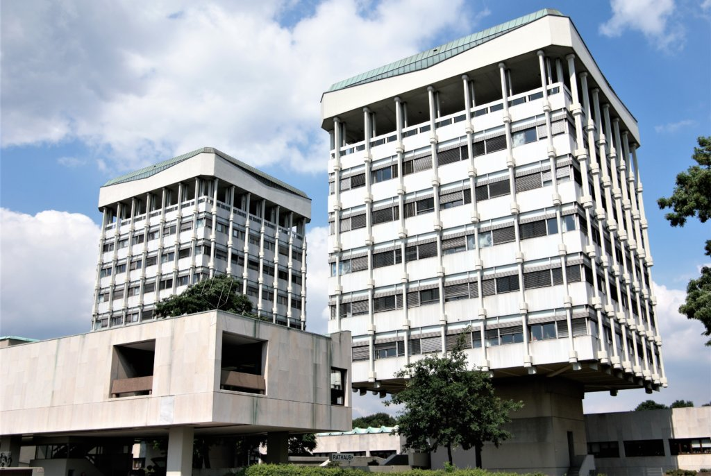 NRW-Bauministerium fördert Rathaussanierung